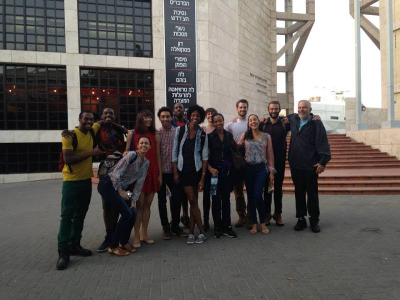 2013 - Tel Aviv, Dancers with Robert, by Arturo Fernandez